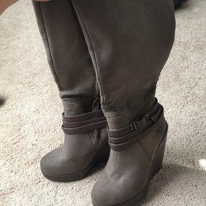 Women's heeled boots